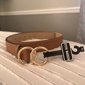 Steve Madden Taupe  Smooth Belt Double Ring Buckle